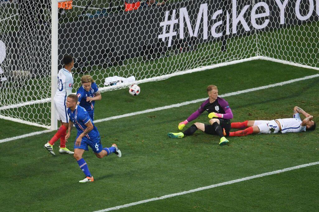 Barechested Iceland vs England